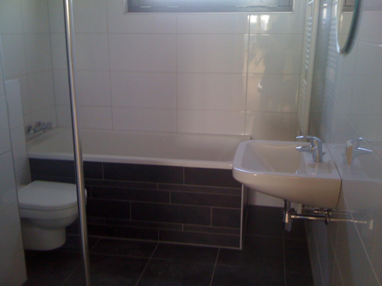 Badkamer bouw en aannemersbedrijf fuentes voor al uw onderhoud renovatie en timmerwerken - Tot een badkamer ...